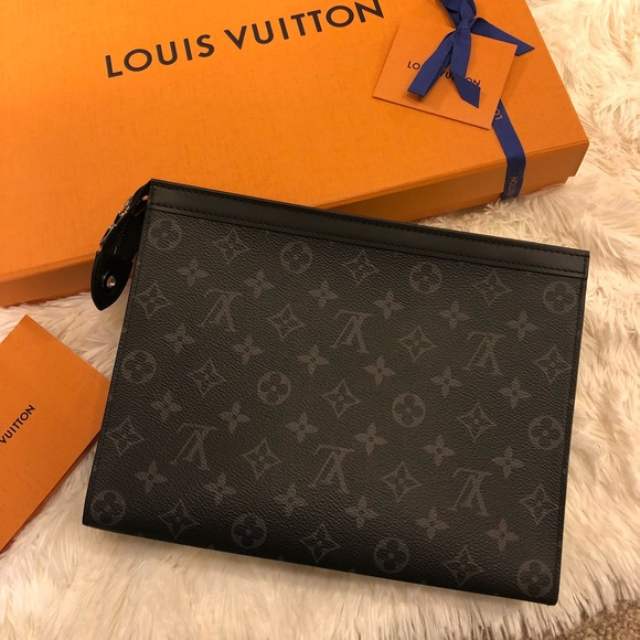 RARE NEW Louis Vuitton Pochette Voyage MM Monogram 45cda6a328477